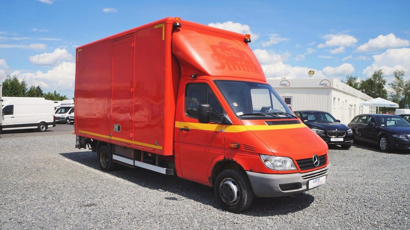 Mercedes Sprinter 416cdi skříň 4,3m/ hydr.čelo/ do 3,5t