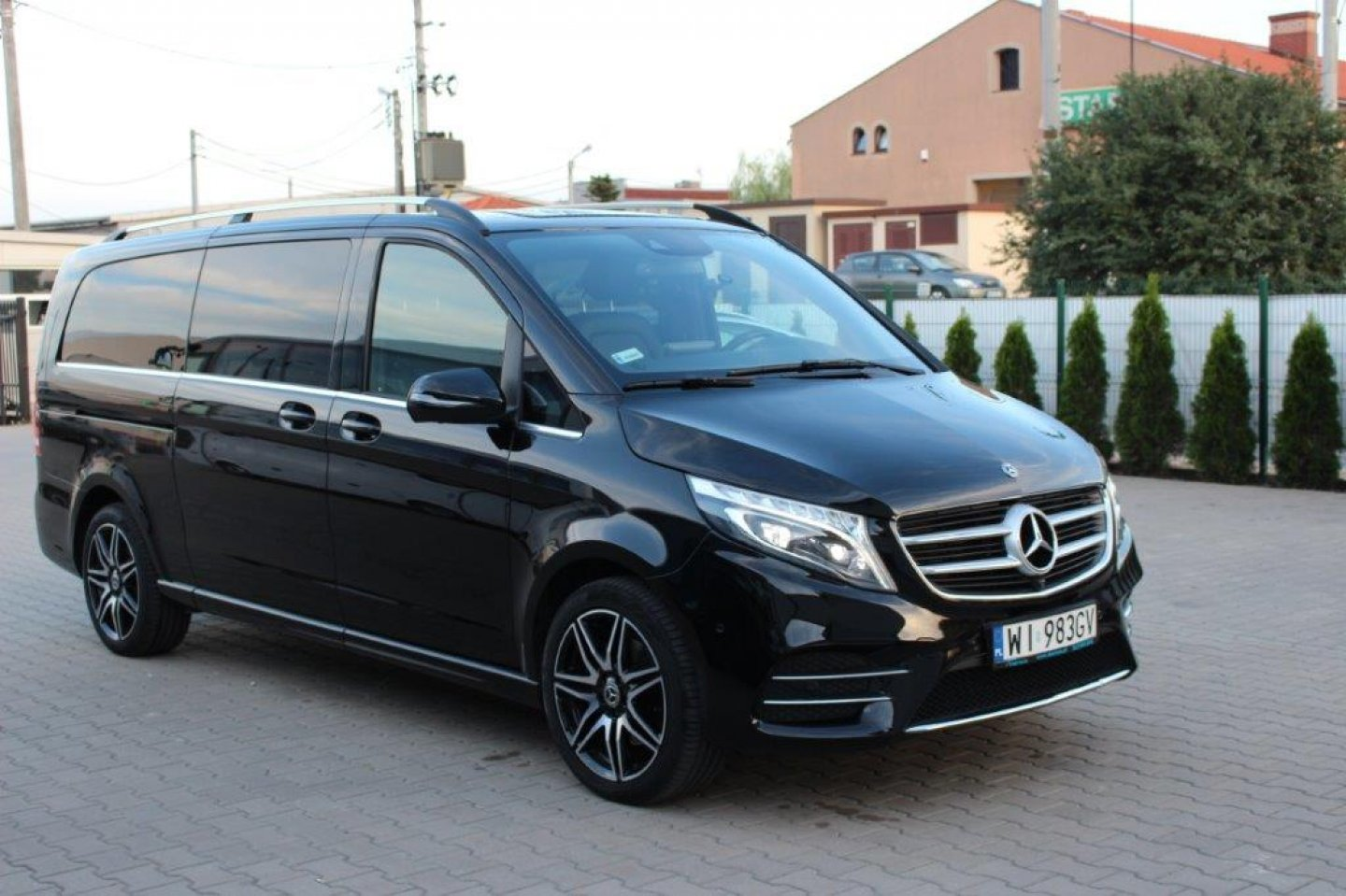 Mercedes V250/ XL /4MATIC / 7 MÍST / AVANTAGARDE/AMG PAKET/ TOP!